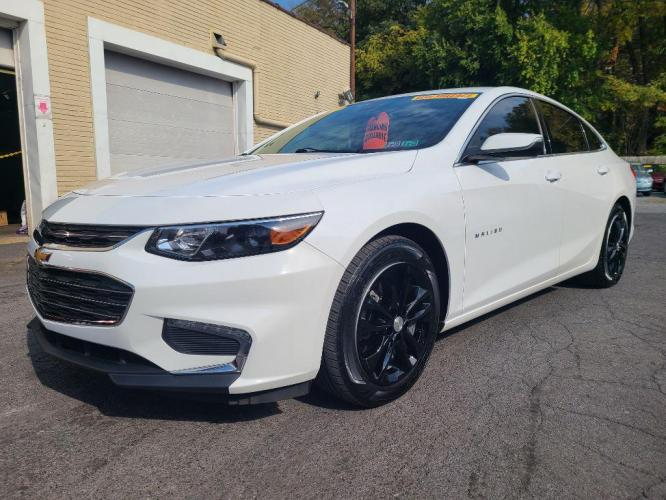 2017 WHITE CHEVROLET MALIBU LT (1G1ZE5ST2HF) with an 1.5L engine, Automatic transmission, located at 7981 Paxton Street, Harrisburg, PA, 17111, (717) 561-2926, 40.261490, -76.749229 - Photo #0