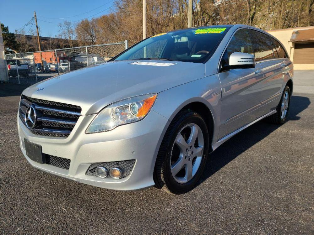 2011 SILVER MERCEDES-BENZ R-CLASS R350 4MATIC (4JGCB6FE7BA) with an 3.5L engine, Automatic transmission, located at 7981 Paxton Street, Harrisburg, PA, 17111, (717) 561-2926, 40.261490, -76.749229 - Photo #0